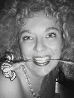 L'autrice e interprete, Veronica Talassi.